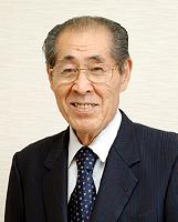 国際製菓専門学校・高等課程 校長 田中 啓介